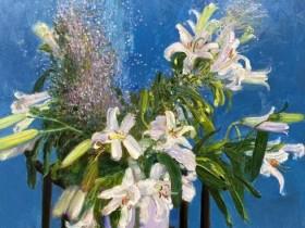 绽放的意志——谈王力克近期花卉作品的生命力